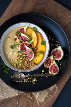 Peaches and Cream Smoothie Bowl with Toasted Oat Crumble - Scaling Back