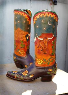 Rocketbuster, the finest Handmade Custom Cowboy Boots. Family owned, handmade in TEXAS,shipped worldwide.Spaceage vintage style for folks who just ain't boring! Custom Cowboy Boots, Custom Boots, Cowgirl Boots, Western Boots, Western Wear, Vintage Cowgirl, Vintage Boots, Cowgirl Style, Cowgirl Fashion