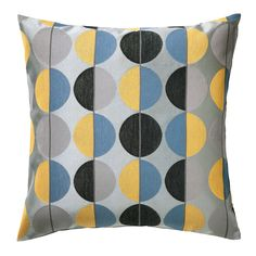 This IKEA OTTIL cushion cover comes in two different color combinations and the jacquard weave gives the cushion cover a pattern with a subtle, slightly raised relief.