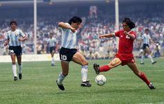 Diego, Argentina vs corea, México 1986 Soccer Pro, Kids Soccer, Football Images, Football Design, Fifa, Mexico 86, Retro Pictures, Retro Pics, Diego Armando