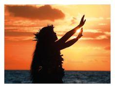hawaiian hula dancers - Google Search Hawaiian Home Decor, Hawaiian Homes, Hawaiian Art, Big Island, Island Life, Maui Activities, Massage Envy, Pearl City, Hawaiian Birthday