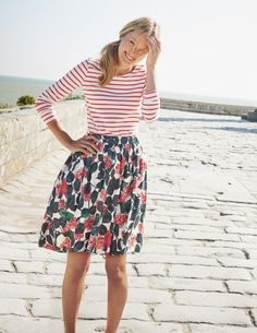 mixing floral + stripes for summer | Skirt the Ceiling | skirttheceiling.com