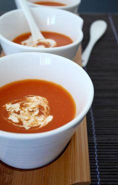 Zuppa di pomodoro indiana