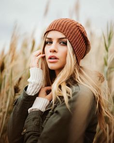 Likes, 67 Comments - Portrait Photography Women, Senior Photography, Portrait Photography, Marina Laswick, Teen Girl Outfits, Portrait Inspiration, Fashion Face, Autumn Winter Fashion, Beauty Women