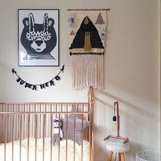 "@paxandhart print, @incy_interiors cot (http://www.incyinteriors.com.au/ellie-cot/) & @ladedahkids…"""