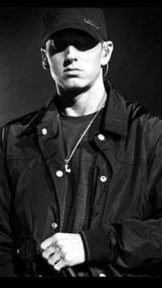 Eminem Eminem Soldier, Marshall Eminem, Eminem Wallpapers, Best Rapper Alive, Eminem Photos, The Real Slim Shady, Eminem Slim Shady, Rap God, Dream Guy