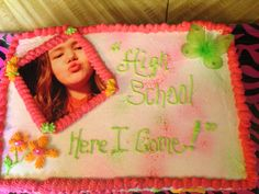 Ronni`s 8th grade graduation cake