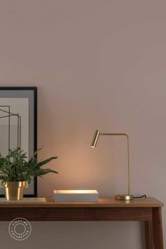 This Modern Minimal Desk Lamp is the perfect desk task light with an adjustable head allowing you to pinpoint focus light. With a range of finishes, it's sleek modern design seamlessly blends into new age bedroom or study. #Scandinavian #Lamp #Floorlamp #Tablelamp #Scandinavianlighting #Nordic #Nordiclighting #Modern #Scandinaviandesign #Lightingdesign