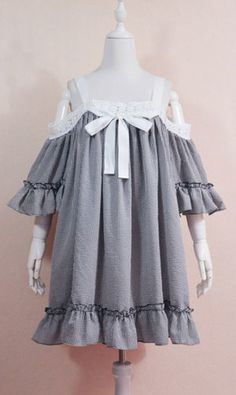 Big and baggy smock style dress in gingham check. Worn off shoulder, with mid length bell sleeves and white embroidered lace trim. Pretty Outfits, Pretty Dresses, Cool Outfits, Casual Outfits, Kawaii Fashion, Lolita Fashion, Cute Fashion, Old Fashion Dresses, Fashion Outfits