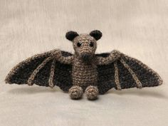 crochet animal, animals, haakpatroon vleermuis - lovely crochet bat