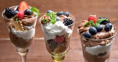 Chocolate mousse and fruit trifle by Greek chef Akis Petretzikis. A wonderful dessert with chocolate mousse, fresh fruit, whipped cream and digestive cookies!
