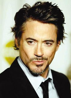 Robert Downey Jr. ° he got hot as he got older