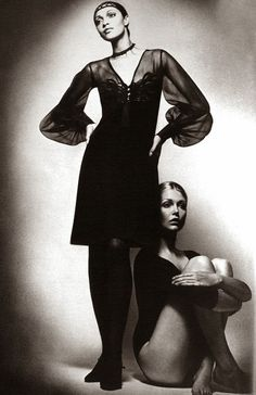 Carol LaBrie and Susan Blakely by Jeanloup Sieff, Vogue Paris September 1969 Repinned by www.lecastingparisien.com