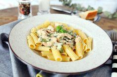 A spárgaszezon nyerő tésztája! Pasta Salad, Bacon, Cooking, Ethnic Recipes, Kitchen, Food, Street, Crab Pasta Salad, Kitchens