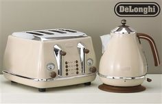 Buy Delonghi Vintage Cream Toaster from the Next UK online shop
