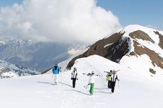 Un vero e proprio eden per tutti gli appassionati dei grandi spazi aperti. Dall'alto dei suoi 3.594 metri, il Monte Tresero è il custode silenzioso della valle.