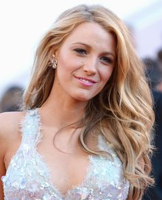 Nothing screams summer quite like loose, beachy waves. Blake Lively's signature tousled look can be achieved on all hair types and is a no-fuss way to beat the rising temperatures.