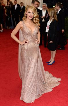 We need one more look at her sultry, glimmering champagne Gucci creation from this year's Met Ball.