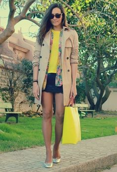 Fall look with trench coat