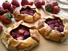Mixed Berry Mini Galettes! http://www.yummly.com/blog/2013/03/mixed-berry-mini-galettes/