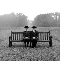 [Rodney Smith] i find many of his photographs so emotionally inspiring for some reason- look at the positioning!