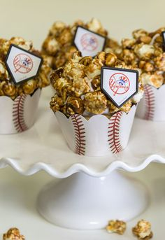 Caramel Corn Cupcakes to celebrate America's favorite pastime. Add Yankees cupcake rings or swap for your fave baseball team.