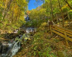The Top 20 Blue Ridge Mountain Towns in GA & NC, including tips on the best things to do in each town and outdoor recreation opportunities nearby. Blue Ridge Mountains, Great Smoky Mountains, Landscape Photos, Landscape Photography, Blowing Rock North Carolina, Amicalola Falls, Blue Ridge Georgia, Mountain Music, North Carolina Mountains
