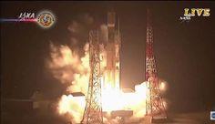 Japão lança o Kounotori 6. A Agência de Exploração Aeroespacial do Japão lançou uma espaçonave de carga, de uma instalação do sudoeste