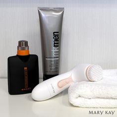 ¡Chicos! Os contamos los básicos si queréis empezar a cuidaros el rostro. * Primer paso: limpieza a fondo del rostro. * No olvides el toque final con una de fragancia que estimulará tus sentidos. #MKMen #MaryKay #MaryKayEspaña