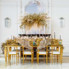 Reception table with winged sweetheart chairs Wedding News, Chic Wedding, Floral Wedding, Table Wedding, Event Planning Design, Event Design, Vera Wang Gowns, Flower Factory, Rosewood Hotel