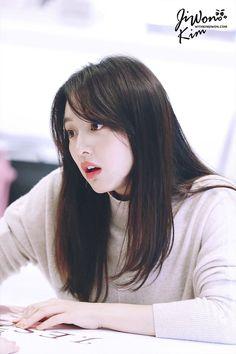 Korean Beauty, Asian Beauty, Kim Ji Won, Korean Actresses, Korean Actors, Dream Hair, Korean Celebrities, Beautiful Asian Girls, Ulzzang Girl