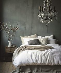 10 Experienced Tips AND Tricks: Vintage Home Decor Romantic Pink Roses vintage home decor mid century.Vintage Home Decor Diy Garage vintage home decor living room throw pillows.Vintage Home Decor Farmhouse Cabinets. Dream Bedroom, Home Bedroom, Bedroom Decor, Bedroom Ideas, Bedroom Rustic, Modern Bedroom, Bedroom Designs, Bedroom Romantic, Bedroom Simple