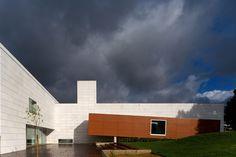 9861BBVR Dr Júlio Teixeira Municipal Library,© FG+SG – Fernando Guerra, Sergio Guerra