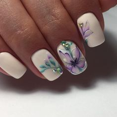 8 Very Pretty Floral Nails To Keep Your Nails Looking Pretty - Hashtag Nail Art Easter Nail Designs, Pretty Nail Designs, Nail Polish Designs, Nail Art Designs, Stylish Nails, Trendy Nails, Cute Nails, Spring Nails, Summer Nails