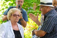 Mes respects à la mairesse de Lac-Mégantic, Colette Roy-Laroche. Inspirante cette dame pour la future politicienne que je suis.