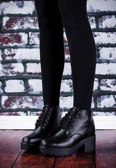 MARVEL+Chunky+Heel+Platform+Ankle+Boots+-+Black