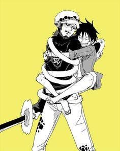 Luffy x Trafalgar Law #one piece I don't ship lawlu but this is friggen adorable.