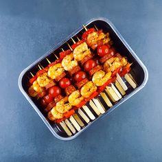 Quand la crevette s'associe au chorizo, ça donne un mariage terre-mer qui fonctionne à merveille. La tomate et le poivron lui donnent même des faux airs de paella!