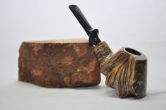 Volcán - tubo de tabaco a mano alzada. Pipa que fuma. Pipa de brezo. Hecho a mano. Pipas de madera de brezo. Pipa de tabaco