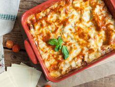 Lasagne bolognai szósszal Recept képpel - Mindmegette.hu - Receptek Ciabatta, Bologna, Gatsby, Lunch, Ethnic Recipes, Fitt, Instagram, Leaves, Lasagna