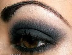 A classic smoky eye that everybody loves! There are so many ways to do it, and no way is wrong! No matter shape or size of your eye, it will look beautiful no matter what.
