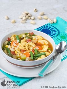 30-Minute Veggie Tortellini Soup - This light, veggie soup is a perfect dinner for a busy weeknight. Leftovers make for the perfect hearty lunch. #Vegetarian #Soup #ComfortFood #Healthy #Recipe #ProduceforKids