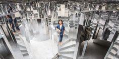 """Kanye West Collaborator Es Devlin Discusses Her Latest Solo Exhibition: The stage designer displayed """"ROOM at Art Basel Miami. Mirror Room, Mirror Set, Mirror Ideas, Es Devlin, Bühnen Design, Mall Design, Interior Design, Mirror Maze, Instalation Art"""