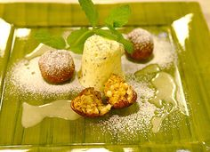 Gebackene Apfelknödel mit Kürbiskernparfait Xmas, Pudding, Desserts, Food, Dessert Ideas, Cooking, Food Food, Tutorials, Tailgate Desserts