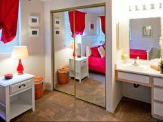 Hathaway Court Apartments Bedroom