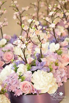 Gorgeous spring floral arrangement