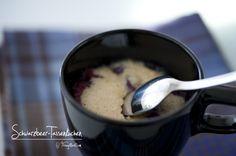 Schwarzbeer-Tassenkuchen Pudding, Tableware, Desserts, Food, Recipes, Tailgate Desserts, Dinnerware, Deserts, Puddings