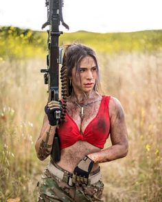 Here you find very hot and dangerous Women & Guns, Military Girls, IDF Roses. Idf Women, Military Women, Military Army, Military Female, N Girls, Army Girls, Female Soldier, Strong Girls, Model Pictures