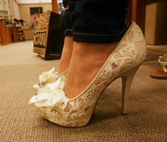 hump day 141 All heels report to my closet immediately (33 photos)
