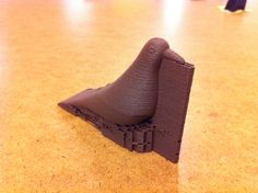 "3D printed bird. Testing Timberfill ""Cinnamon"" fillament ;-) #3Dprinting #makerslab"